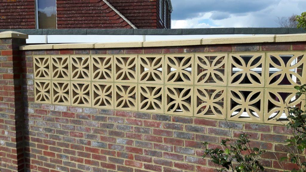 Brickwork . Stonework . Flintwork . Builder . Capel . Surrey